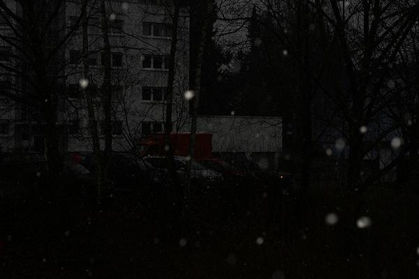 Schneeflocken mit hellem Hintergrund
